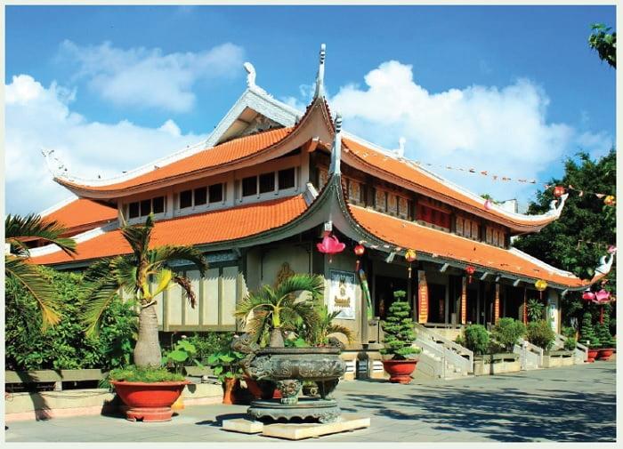 Tap chi Nghien cuu Phat hoc Rang toa To dinh Vinh Nghiem 4