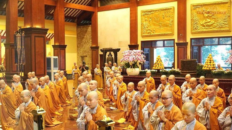 Tap chi Nghien cuu Phat hoc Mot goc nhin ve Bat Kinh Phap 2